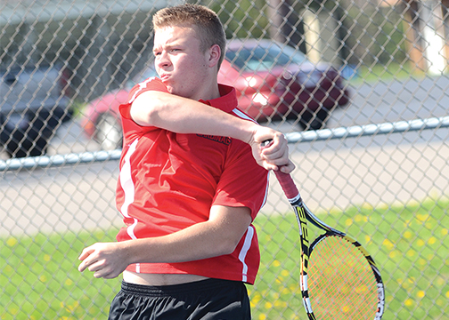 Felicity-Franklin's Devon Denune came within one match of advancing to the district tournament. (Photo by Ralph Adams)